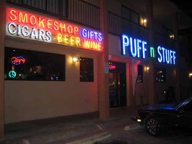 puff n stuff Smoke Shop